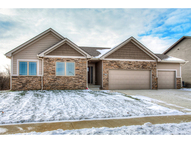 617 Timberview Dr Adel IA, 50003