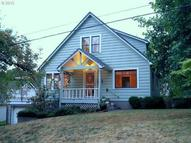1708 Jackson St Oregon City OR, 97045