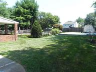 111 Grant Dr Holland PA, 18966