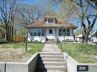 206 6th St Wakefield KS, 67487