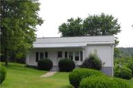 7 Nixon Valley Ln Lancaster TN, 38569