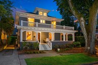 3853 E Olive St Seattle WA, 98122