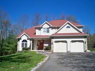 3011 Mountain Terrace Stroudsburg PA, 18360