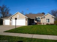 303 Creekside Dr Coopersville MI, 49404