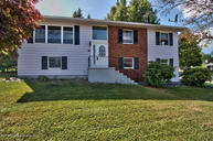 302 Tulip Cir Clarks Summit PA, 18411