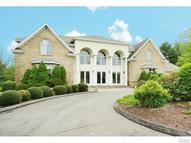 72 East Farms Road Middlebury CT, 06762