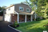 121 Gail Ct East Northport NY, 11731