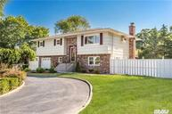 446 Pine Dr Brightwaters NY, 11718