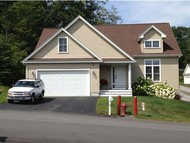 43 Sterling Dr Laconia NH, 03246