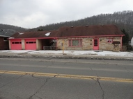 1015 Washington Street Newell WV, 26050