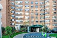 70-25 Yellowstone Blvd 19y Forest Hills NY, 11375