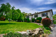 14 Colonial Cir Lake Hopatcong NJ, 07849