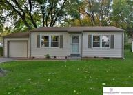 4160 High Meadows Lane Bellevue NE, 68147