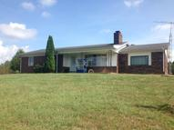 760 Moccasin Road Hustonville KY, 40437