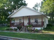 109 West 5th. New London MO, 63459