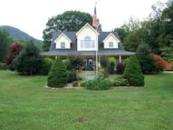 156 Meadow Brook Ln New Castle VA, 24127