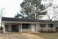 605 Ridgeland Cr. New Albany MS, 38652