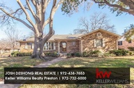 5607 Twineing St Dallas TX, 75227