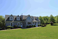 7 Apple Valley Lane Germantown NY, 12526