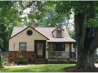 19341 Story Rd Rocky River OH, 44116