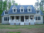 25 Cow Shed Road Lively VA, 22507