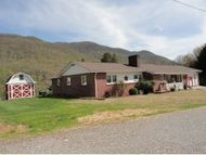 2345 Wax Ave E Big Stone Gap VA, 24219