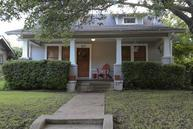 319 S Rosemont Avenue Dallas TX, 75208