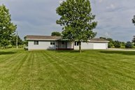 1664 700th Avenue Lincoln IL, 62656