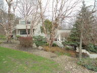 30 Riverview Ct Bentleyville OH, 44022