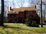 9 Woodacre Lane Monroe CT, 06468