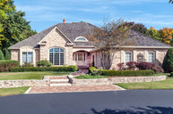 14290 Chesterwood Dr Brookfield WI, 53005