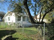 2105 2nd St Columbia City OR, 97018