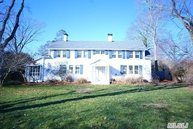 149 South Country Rd Remsenburg NY, 11960