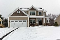 15 Gadwall Dr Waterford NY, 12188