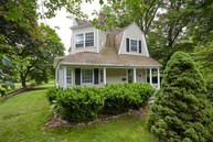 1057 Stratfield Road Fairfield CT, 06825