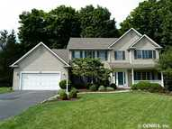 617 Saddle Crest Dr Webster NY, 14580