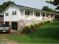 385 West Hills Dr. Mosheim TN, 37818