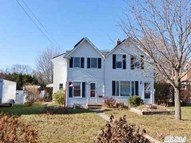 56 Rollstone Ave West Sayville NY, 11796