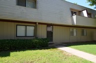 2215 66th Place Tulsa OK, 74136