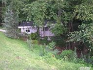 29 Laurel Cove Rd Oyster Bay NY, 11771