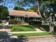 223 6th St Greenport NY, 11944