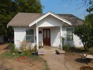 513 S Haynes Avenue Fort Worth TX, 76103