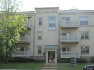 900 North Mcknight Road Unit: 3a Saint Louis MO, 63132