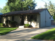 379 Sexauer Avenue Elgin IL, 60123