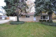 909 East Lilly Court Palatine IL, 60074