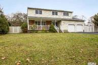 14 Fairway Dr Bellport NY, 11713