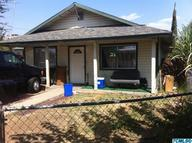 692 North Gale Hill Ave Lindsay CA, 93247