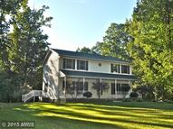 2524 Fall Dr Westminster MD, 21158