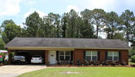 464 Johns Lane Baxley GA, 31513