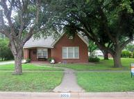 1005 N Ave F Haskell TX, 79521